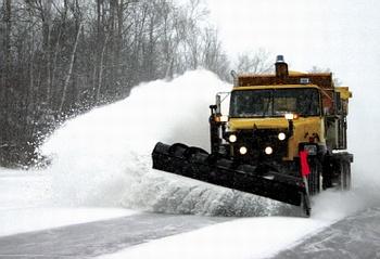 Техника для уборки снега из дворов